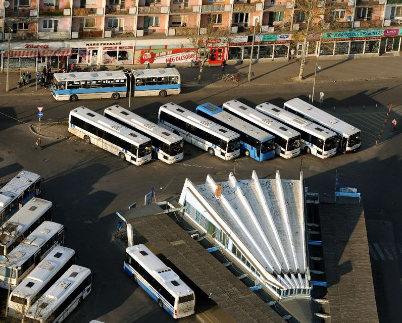 buszpályaudvar (Array)