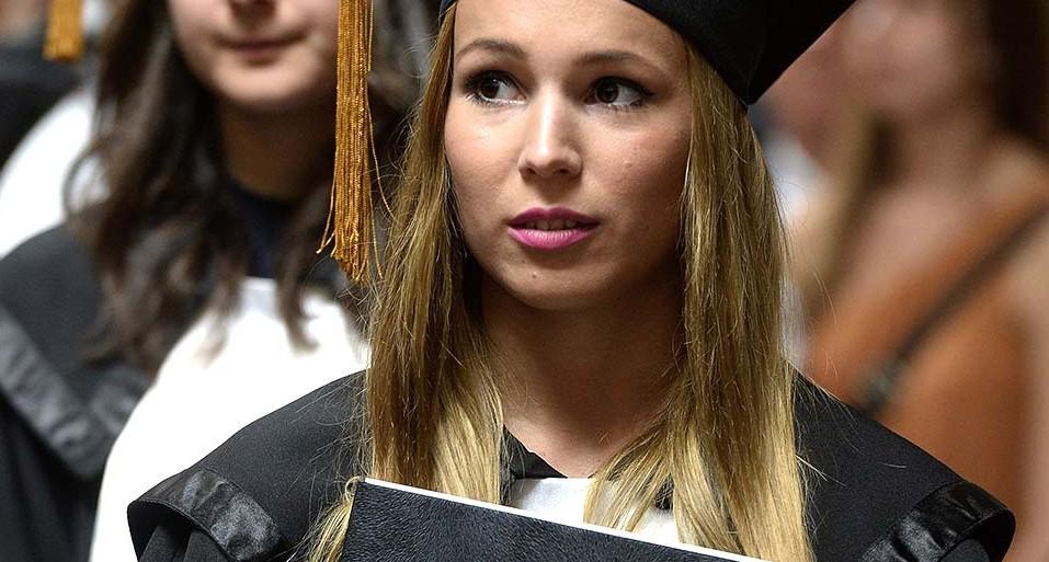 diploma, diplomaosztó (Array)