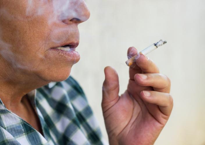 dohányzás (Array)
