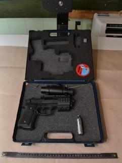 fegyveres pénzbehajtás kecskeméten (Array)