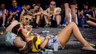 fesztivál (Array)