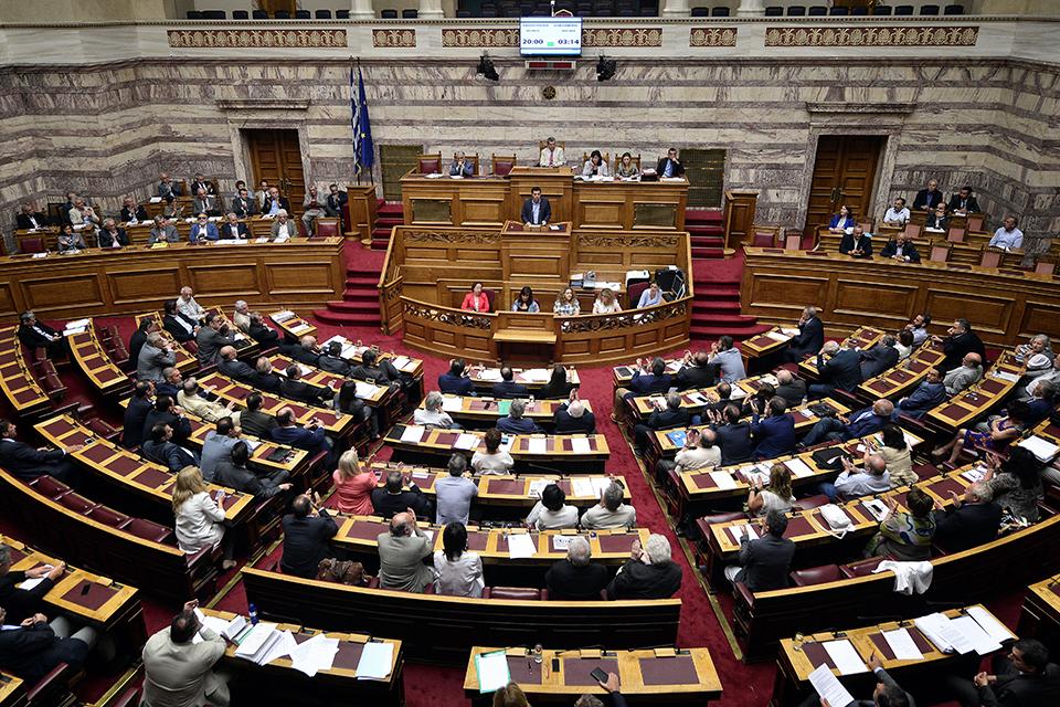 görög adósság, Alekszisz Ciprasz görög miniszterelnök, szavazás (Array)
