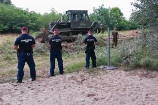 határ kerítés (Array)