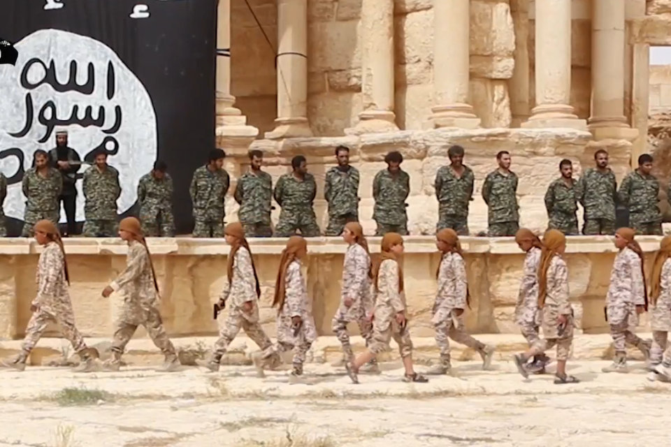 iszlám állam kivégzés (Array)