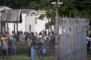 menekülttábor (Array)