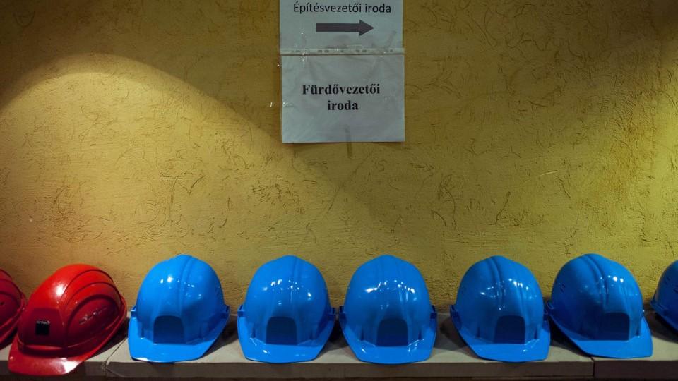 munkavédelmi sisak (Array)