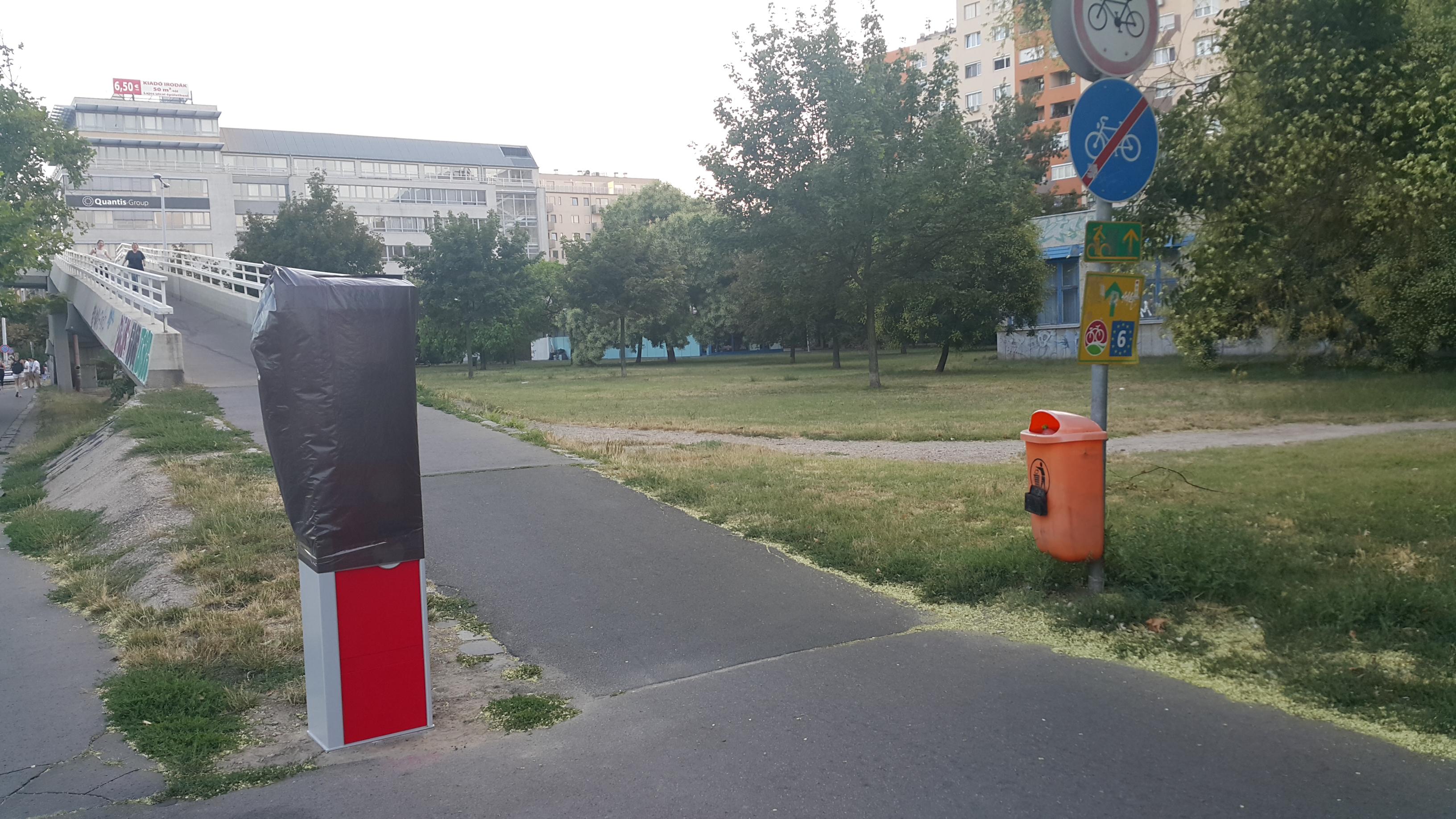 óbuda parkoló automata (Array)