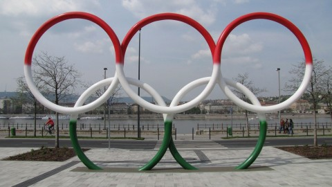 olimpiai park budapesten (Array)