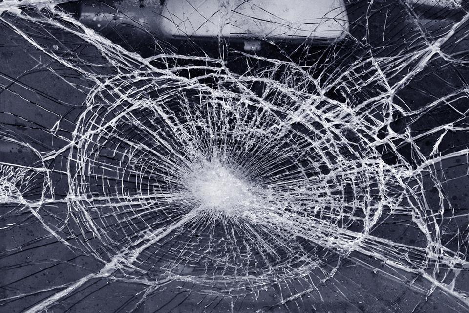 roncs, baleset (Array)