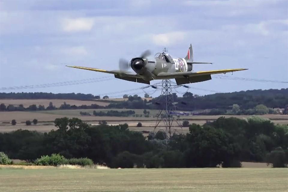 spitfire(960x640).jpg (Array)