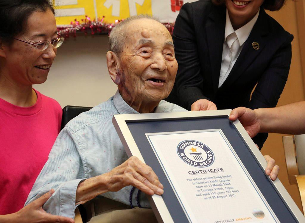 A legidősebb férfi (Array)