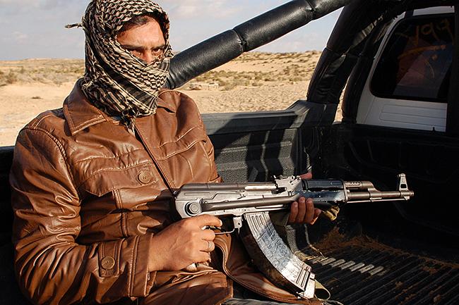 A nagy dzsihádkeltető - az Iszlám Állam titkos háborúja (Array)