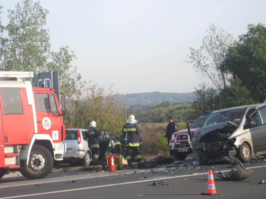 M2 halálos baleset (Array)