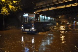 Vihar-Budapesten(960x640).jpg (Array)