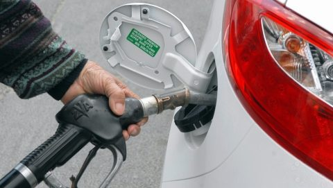 benzin(960x640).jpg (Array)