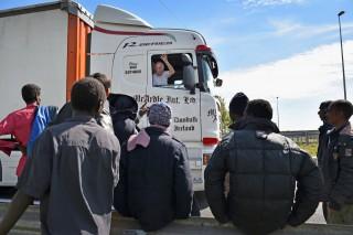 calais menekültek (Array)