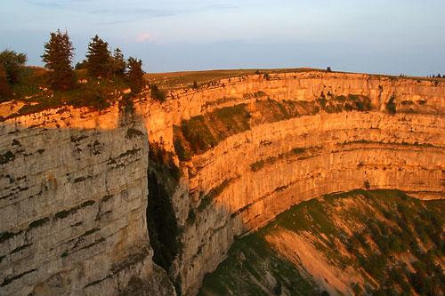 creux de van svájci szikla (Array)