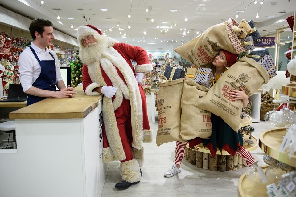 karácsonyi vásár londonban (Array)