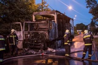 kiégett kamion a XVII-ben (Array)