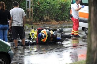 mentőrobogós baleset (Array)