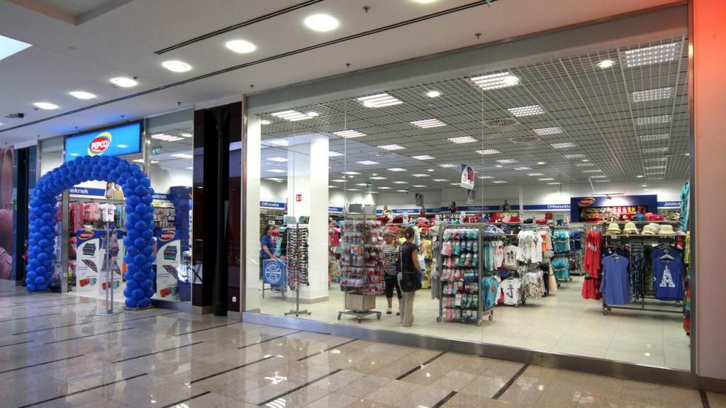 A Pepkor Hungary Kft. 2015. szeptember 25-én nyitotta meg a PEPCO diszkont kereskedelmi lánc tizenharmadik üzletét Magyarországon.