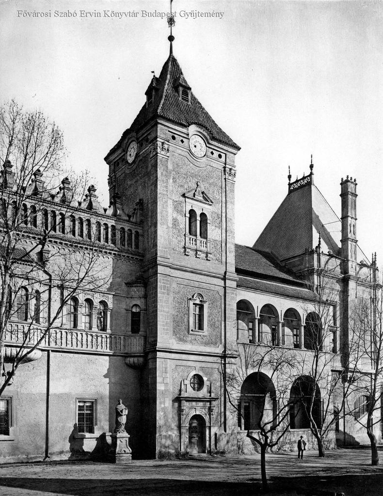 Az eperjesi Rákóczi-ház, a lőcsei torony és városháza másolata