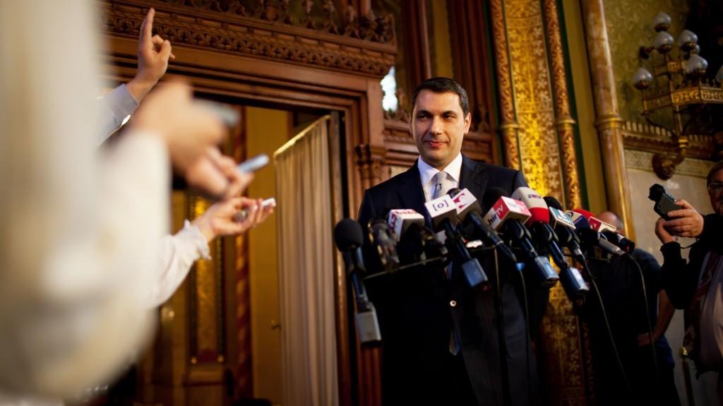 Image: 73272965, A Fidesz frakcióvezetője sajtótájékoztatót tart a parlamentben., Place: Budapest, Hungary, License: Rights managed, Model Release: No or not aplicable, Property Release: Yes, Credit: smagpictures.com