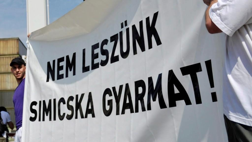 Pártok - LMP - Demonstráció az oligarchák ellen