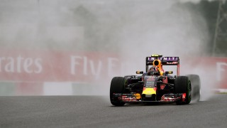 Red Bull driver Daniil Kvyat of Russia drives his car during the first practice session of the Formula One Japanese Grand Prix at the Suzuka circuit on September 25, 2015.     AFP PHOTO / TOSHIFUMI KITAMURA