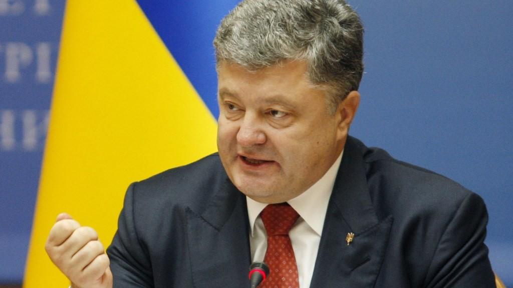 KIEV, UKRAINE - SEPTEMBER 08:  Ukrainian President Petro Poroshenko attends cabinet meeting in Kiev, Ukraine on September 08, 2015. Vladimir Shtanko / Anadolu Agency