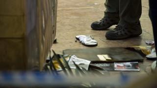 Budapest, 2015. szeptember 20. Feltehetően gumilövedék egy szórakozóhelynél a főváros VII. kerületében, a Dob és Kertész utca sarkán 2015. szeptember 20-án. A szórakozóhelynél verekedés, dulakodás alakult ki és egy gumilövedékes fegyverből több lövés is eldördült az éjjel. A mentők egy sérültet kórházba vittek. MTI Fotó: Lakatos Péter
