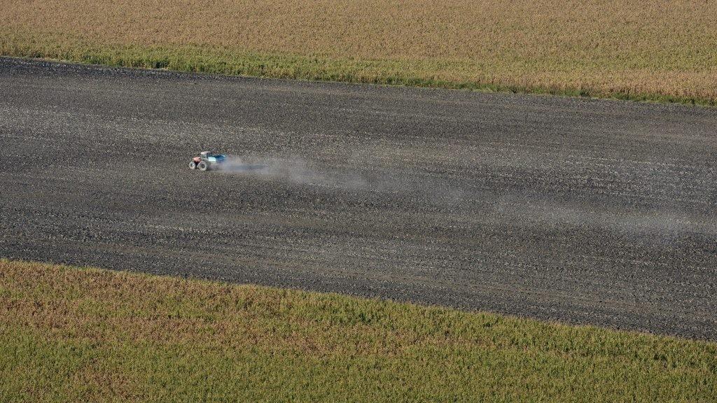 Őszi mezőgazdasági munkák Bogyiszló határában