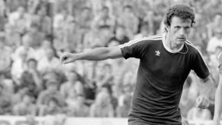 Budapest, 1979. június 9. Dunai III.Ede (b, Újpesti Dózsa) és Borostyán Mihály (DVTK) küzd a labdáért, az Újpesti Dózsa-Diósgyõri VTK NB I-es labdarúgó mérkõzésen, a Megyeri úti stadionban. A mérkõzés végeredménye 5:0. MTI Fotó: Németh Ferenc