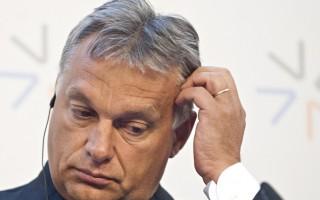 Prága, 2015. szeptember 4.  Orbán Viktor magyar miniszterelnök sajtóértekezleten vesz részt a visegrádi országok kormányfõinek migrációs válságról tartott csúcstalálkozóján Prágában 2015. szeptember 4-én. (MTI/TASR/Martin Baumann)