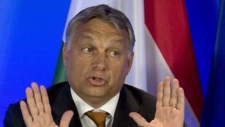 Brüsszel, 2015. szeptember 3. Orbán Viktor miniszterelnök nemzetközi sajtóértekezletet tart Brüsszelben 2015. szeptember 3-án. A kormányfő az európai menekültválságról tárgyalt az uniós vezetőkkel a belga fővárosban. (MTI/AP/Virginia Mayo)