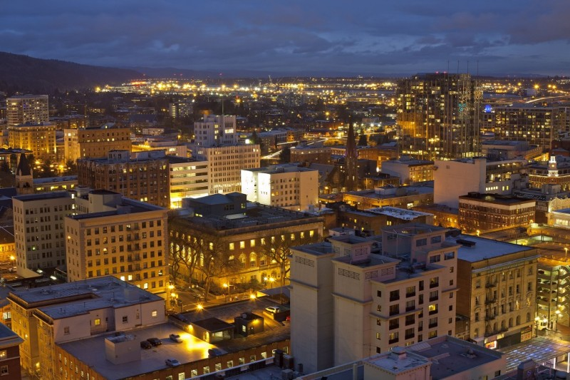 United States, Oregon, Portland, General view of the city at dusk