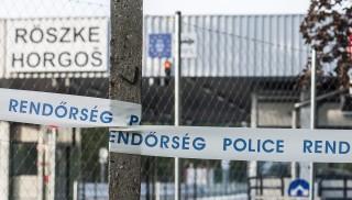 Röszke, 2015. szeptember 15. A lezárt régi Röszke-Horgos határátkelõhely a magyar-szerb határon 2015. szeptember 15-én. Ezen a napon hatályba léptek a migrációs helyzet miatti új szabályozások. MTI Fotó: Ujvári Sándor