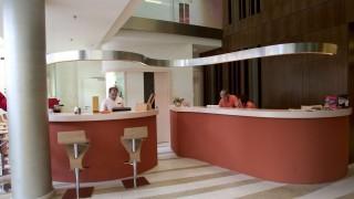 Budapest, 2007. szeptember 10. A Lánchíd 19 szálloda recepciója. A nemzetközi design hotels láncba tartozó szálloda augusztus 15-e óta várja vendégeit. MTI Fotó: Illyés Tibor