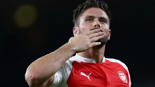 Arsenal's French striker Olivier Giroud celebrates after his team's 2-1 victory during the English Premier League football match between Arsenal and Everton at the Emirates Stadium in London on October 24, 2015. AFP PHOTO / JUSTIN TALLIS  RESTRICTED TO EDITORIAL USE. No use with unauthorized audio, video, data, fixture lists, club/league logos or 'live' services. Online in-match use limited to 75 images, no video emulation. No use in betting, games or single club/league/player publications.