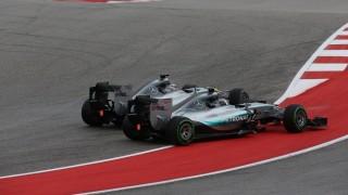 Motorsports: FIA Formula One World Championship 2015, Grand Prix of United States,  #44 Lewis Hamilton (GBR, Mercedes AMG Petronas Formula One Team), #6 Nico Rosberg (GER, Mercedes AMG Petronas Formula One Team),