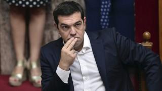 Athén, 2015. október 3. Alekszisz Ciprasz görög miniszterelnök részt vesz az elõre hozott választások nyomán megalakított új görög országgyûlés hivatalos eskütételen az athéni parlamentben 2015. október 3-án. (MTI/AP/Pool/Luisza Juliamaki)