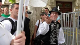 """Budapest Pride - """"A család nevében"""" csoport ellentüntetés"""