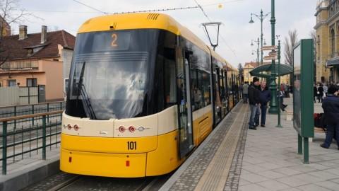 Tömegközlekedés - Elindult a forgalom a szegedi 2-es villamos vonalán