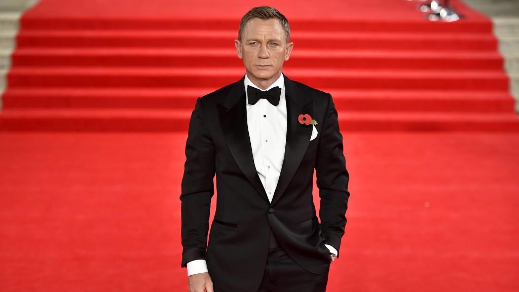 London, 2015. október 26. Daniel Craig angol színész érkezik a legújabb James Bond-filmjének, A Fantom visszatérnek (Spectre) a világpremierjére a londoni Royal Albert Hallban 2015. október 26-án. (MTI/AP/PA/Matt Crossick)
