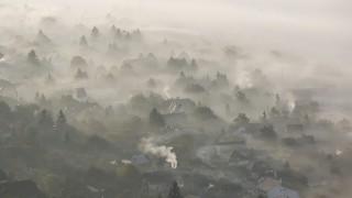 Pilisborosjenő, 2015. október 25.Köd borítja be Pilisborosjenőt 2015. október 25-én reggel.MTI Fotó: Mohai Balázs