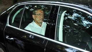 Lovasberény, 2011. szeptember 5.Matolcsy György nemzetgazdasági miniszter érkezik egy autóban a Fejér megyei Lovasberényben tartott kétnapos, kihelyezett kormányülésre.MTI Fotó: Kovács Tamás