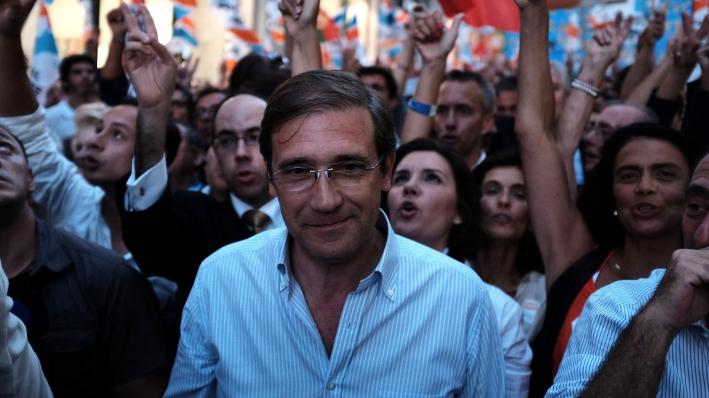 LISBON, PORTUGAL - OCTOBER 02: Portuguese Prime Minister Pedro Passos Coelho is seen during an election campaign march in Lisbon on October 02, 2015. Portugal goes to the polls to elect a new government on October 4, 2015. Joao Henriques / Anadolu Agency