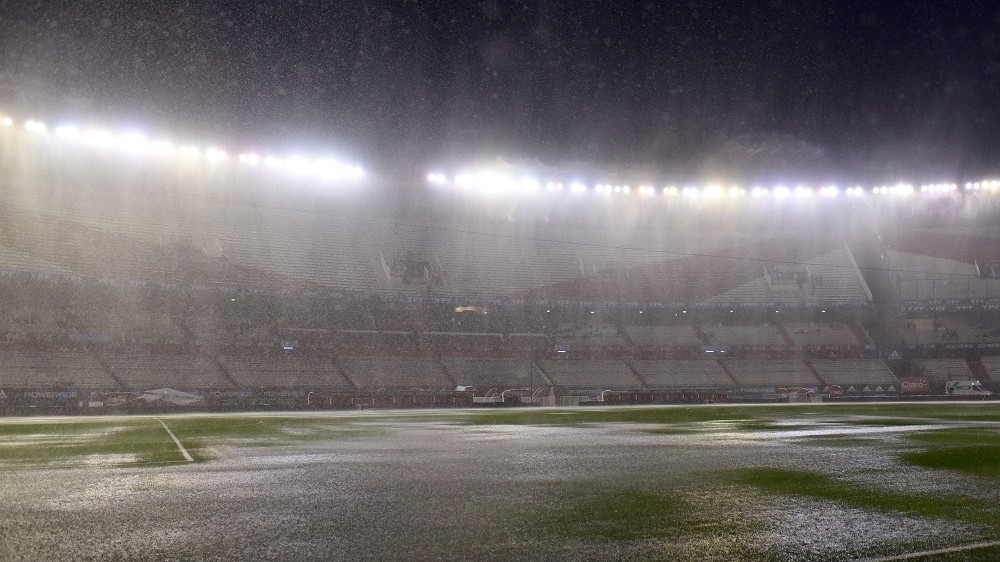 View of the field before the Russia 2018 FIFA World Cup South American Qualifiers football match Argentina vs Brazil, in Buenos Aires, on November 12, 2015. The match has been cancelled due to heavy rains and will be held on November 13. (PHOTO: GUIDO BECK/BRAZIL PHOTO PRESS)