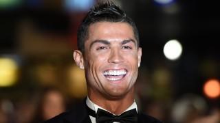 London, 2015. november 9. Cristiano Ronaldo, a spanyol Real Madrid portugál csatára a Ronaldo címû életrajzi dokumentumfilm londoni világpremierjén 2015. november 9-én. (MTI/EPA/Facundo Arrizabalaga)