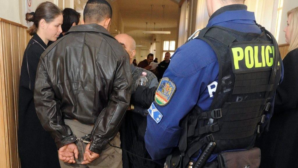 Illegális bevándorlás - Előzetes letartóztatásba kerültek a nagyfai fogolyzendülés kezdeményezői